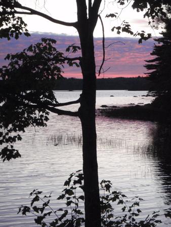 LakeDusk150.jpg
