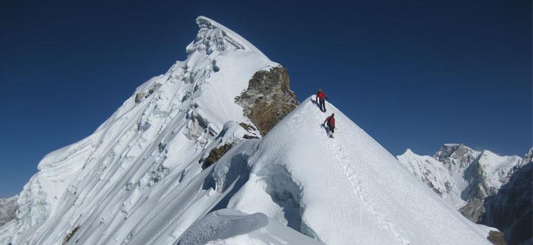 lobuche-peak-climbing.jpg