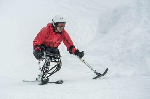 Hari Skiing.jpeg