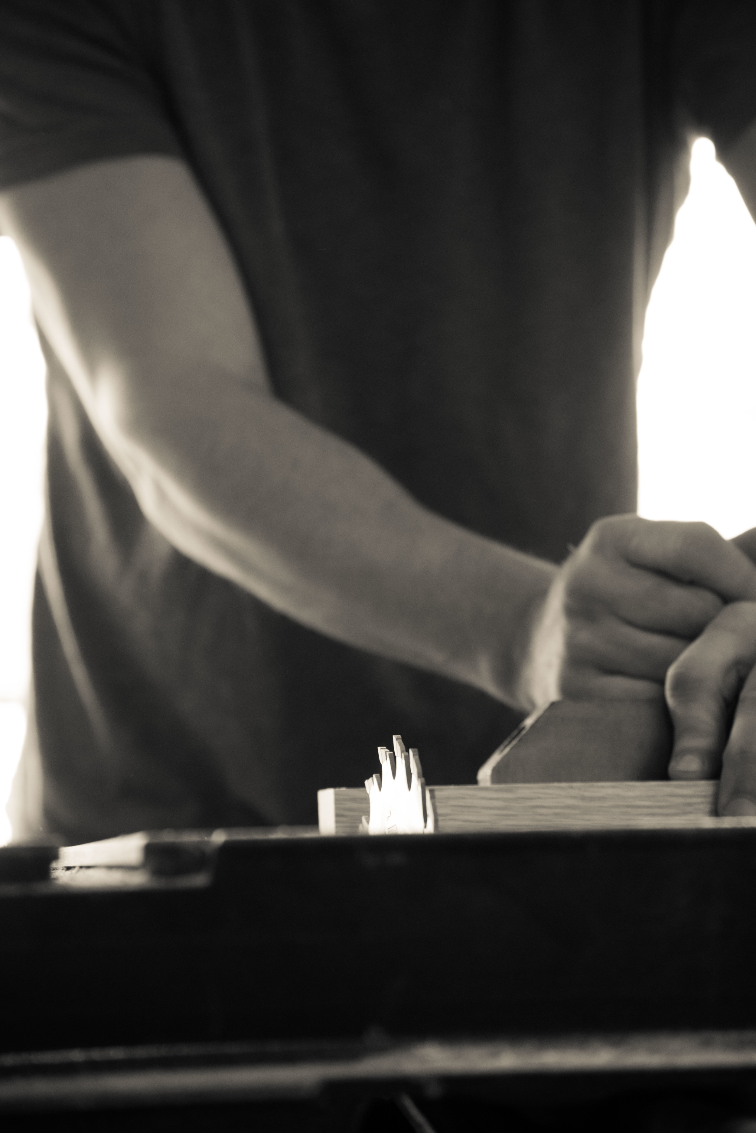 safe-table-saw-artistic-photo.jpg