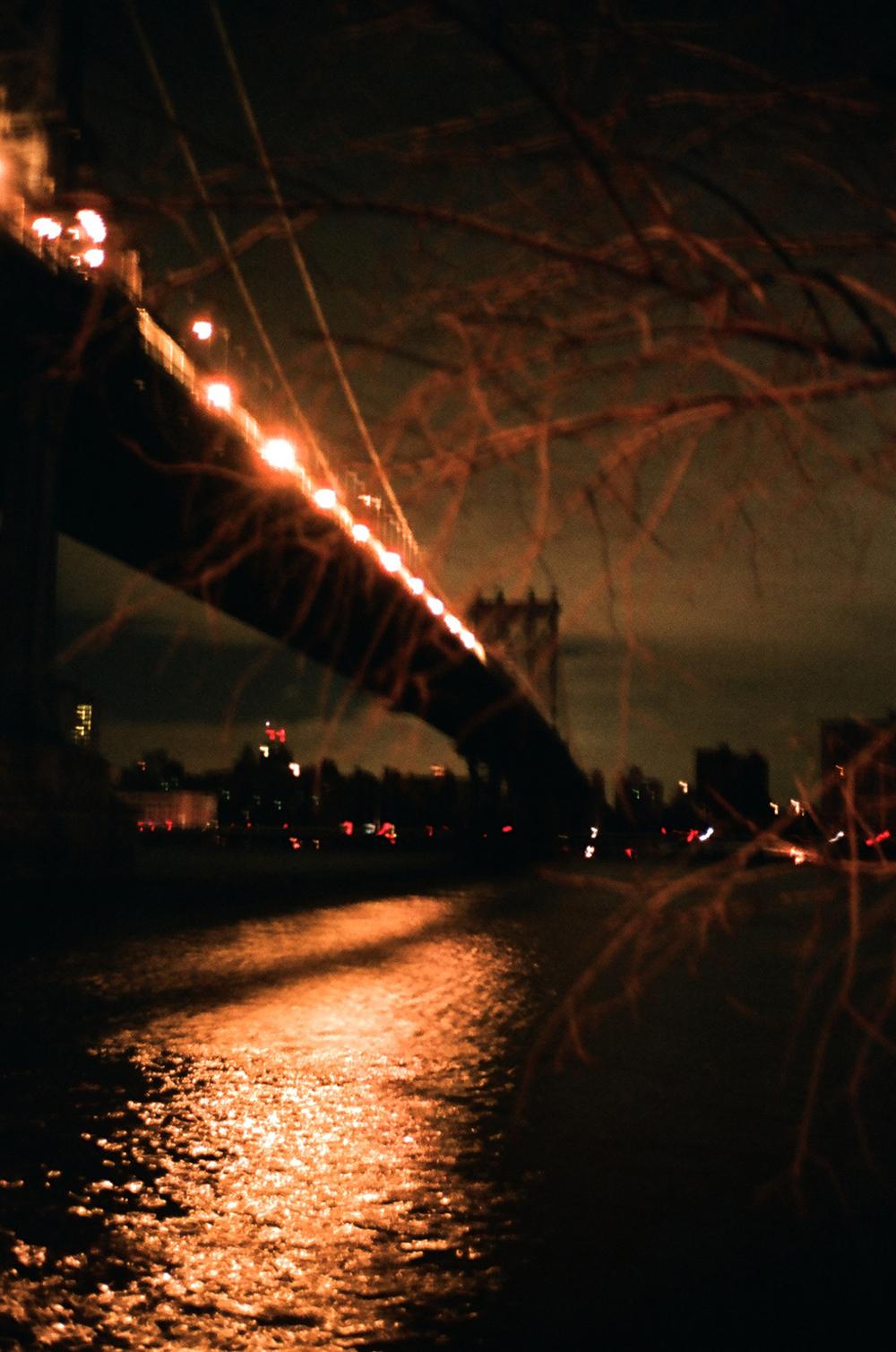 bridgedockblurwb.jpg