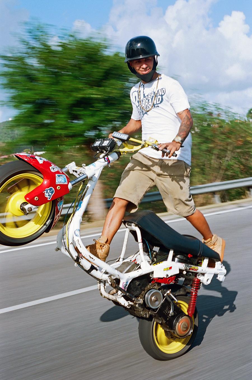 motoscootwheeliepr2019web.jpg