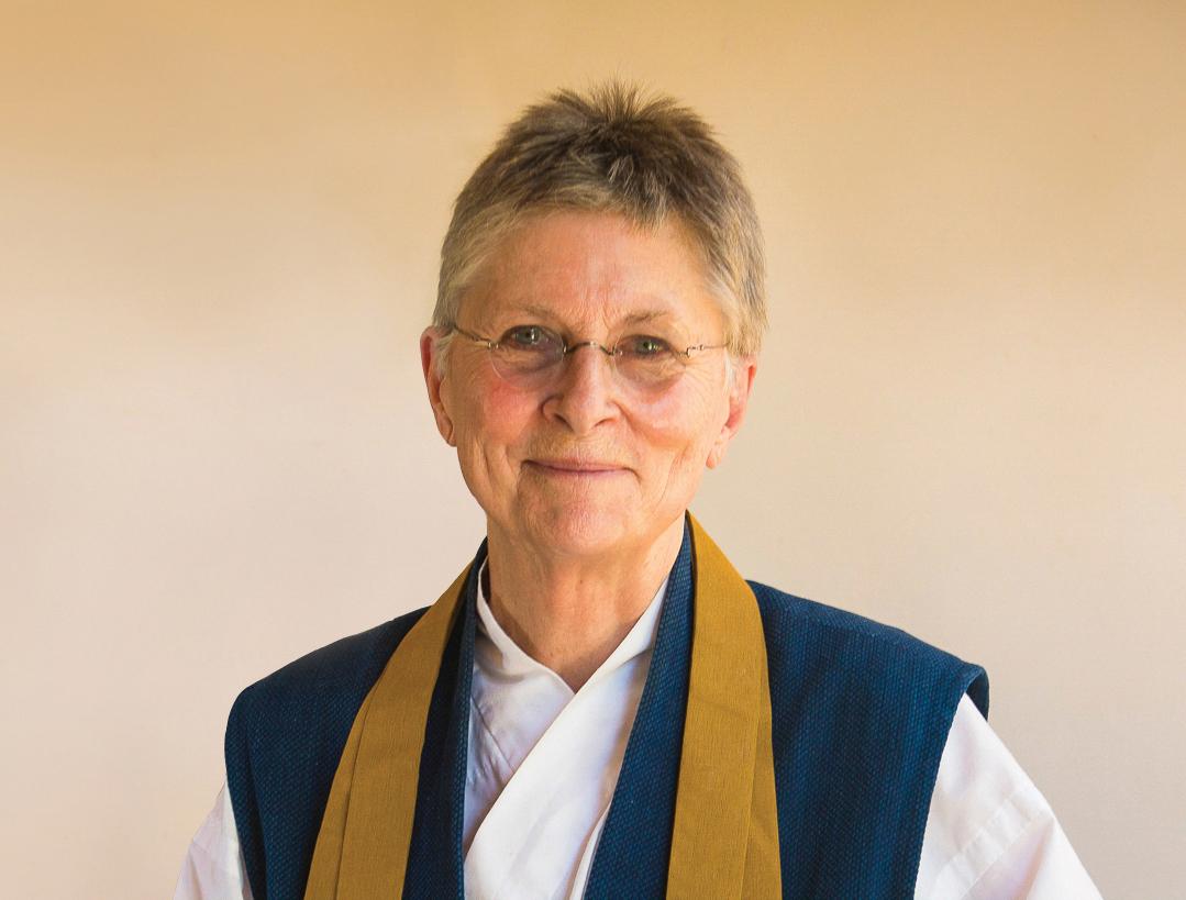 Joan Halifax, autora de  Estar con los que mueren .
