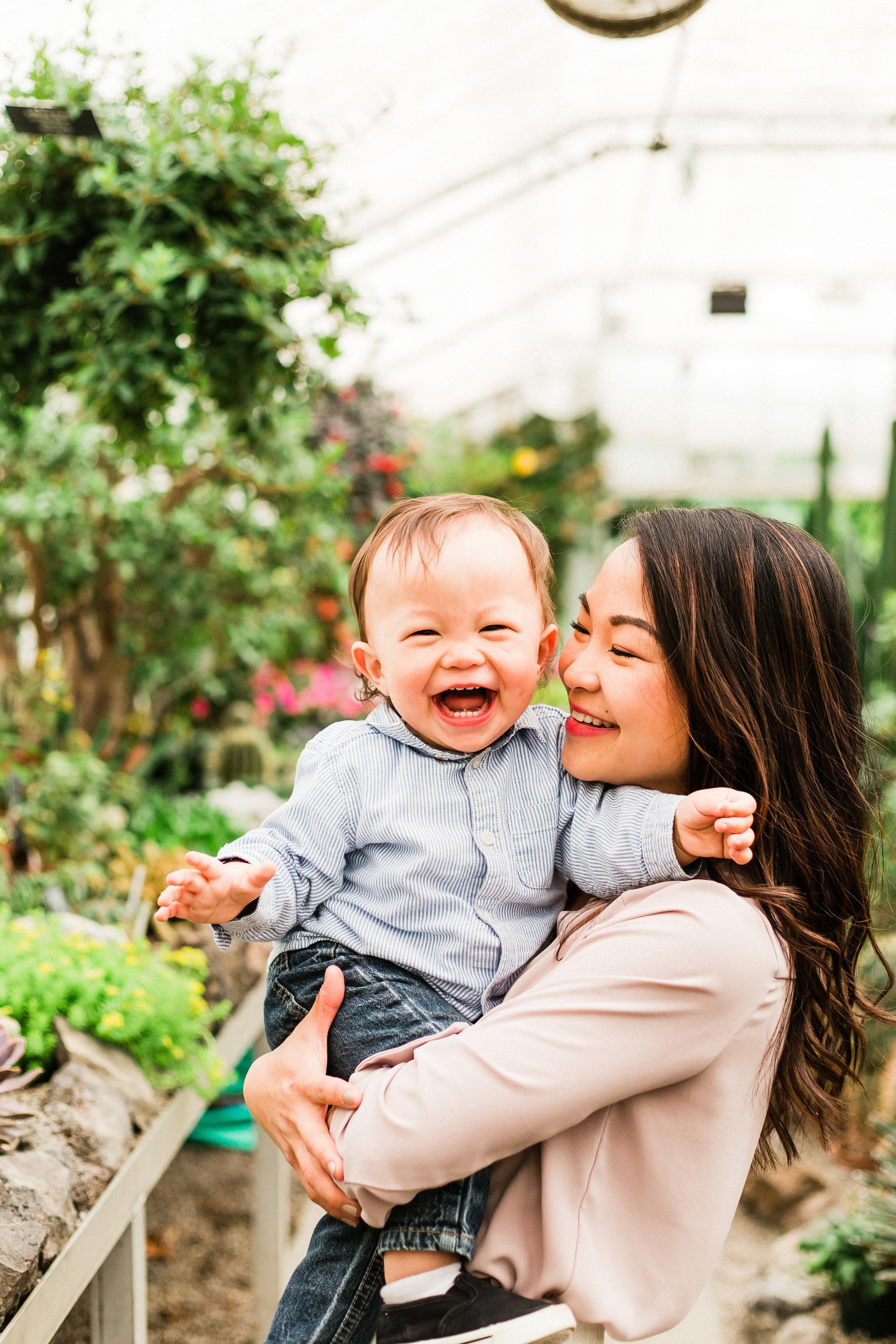 spokane greenhouse photoshoot
