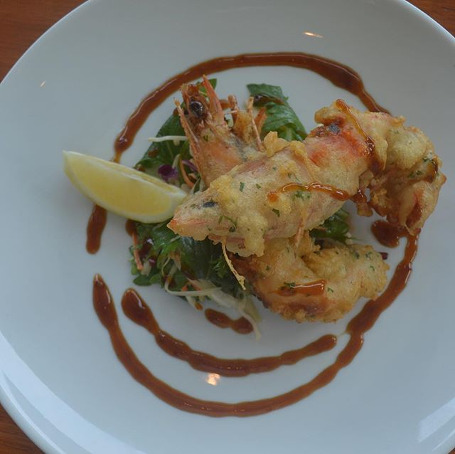 Tempura Bowen tiger prawn, you can't go wrong #bowenprawns #tasteofthewhitsundays #lovewhitsundays #restaurantsaustralia #fresh #prawns #cheflife #foodporn #foodisart #yum #delicious