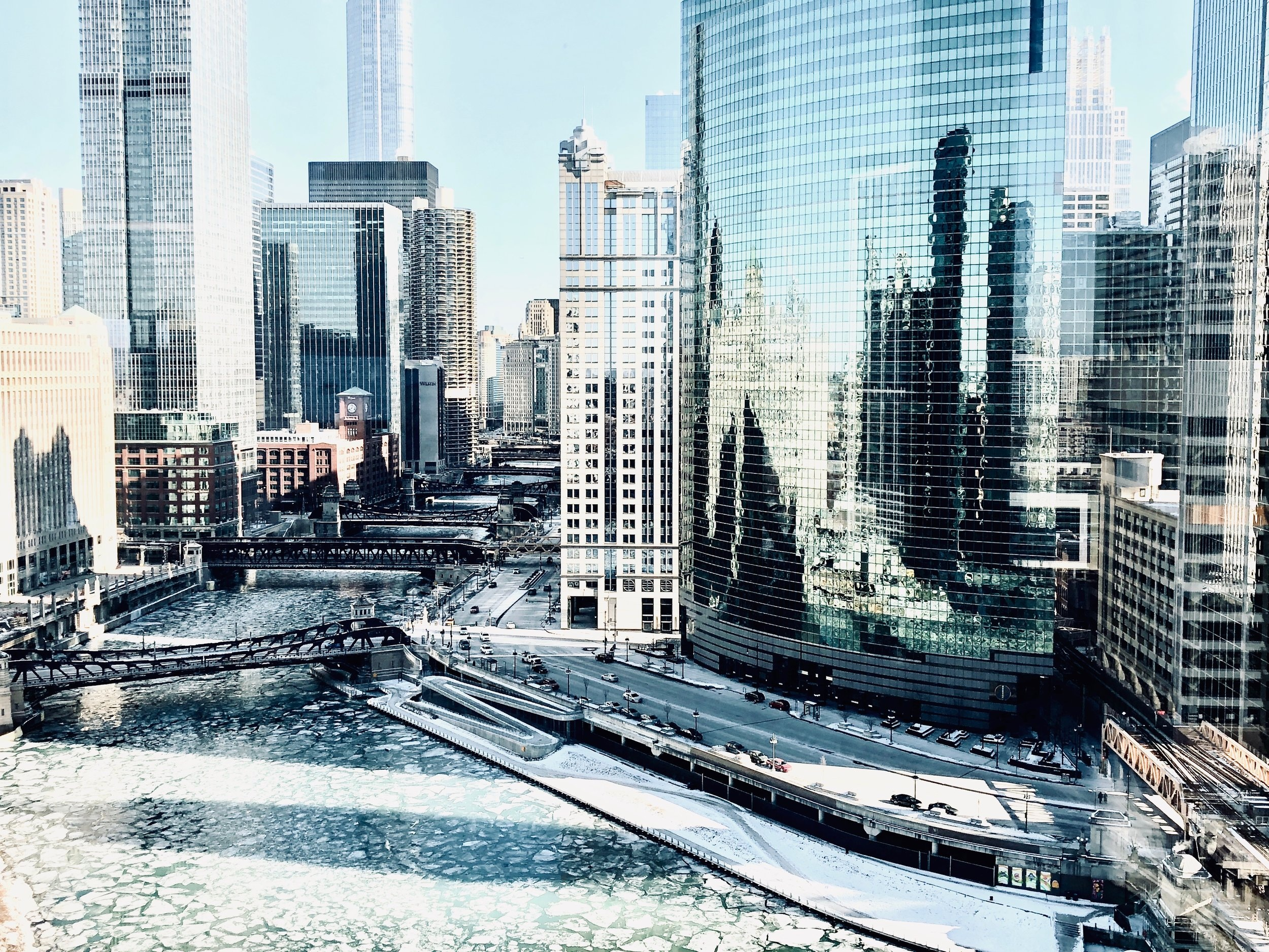 Chicago River Bend on Ice