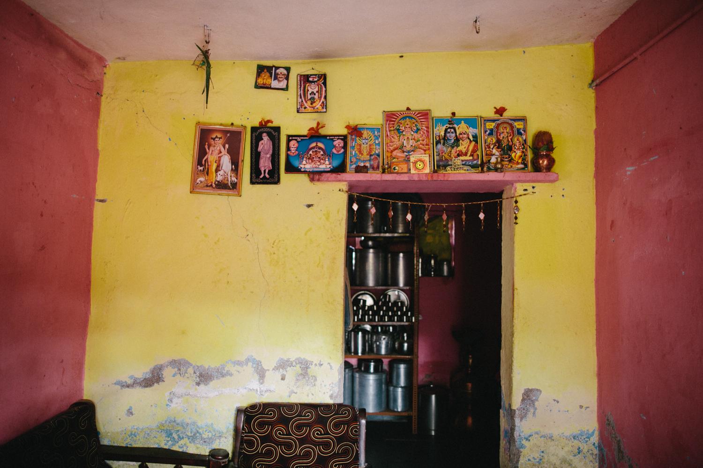 India Documentary Rachelle Derouin Photographer-34.jpg
