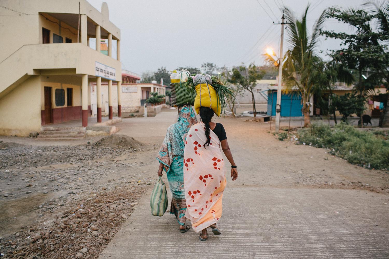 India Documentary Rachelle Derouin Photographer-51.jpg