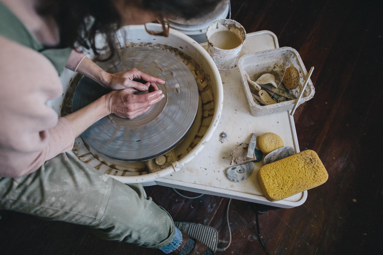 Julie Cloutier Ceramics San Francsico Rachelle Derouin Photography-13.jpg