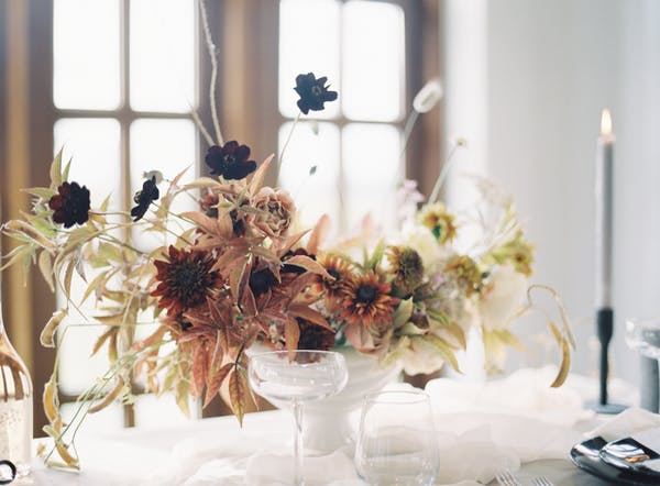 Alice beasley flowers autumn wedding floral tablescape