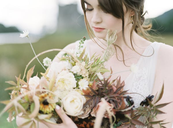 Alice Beasley flowers autumn floral wedding bouquet