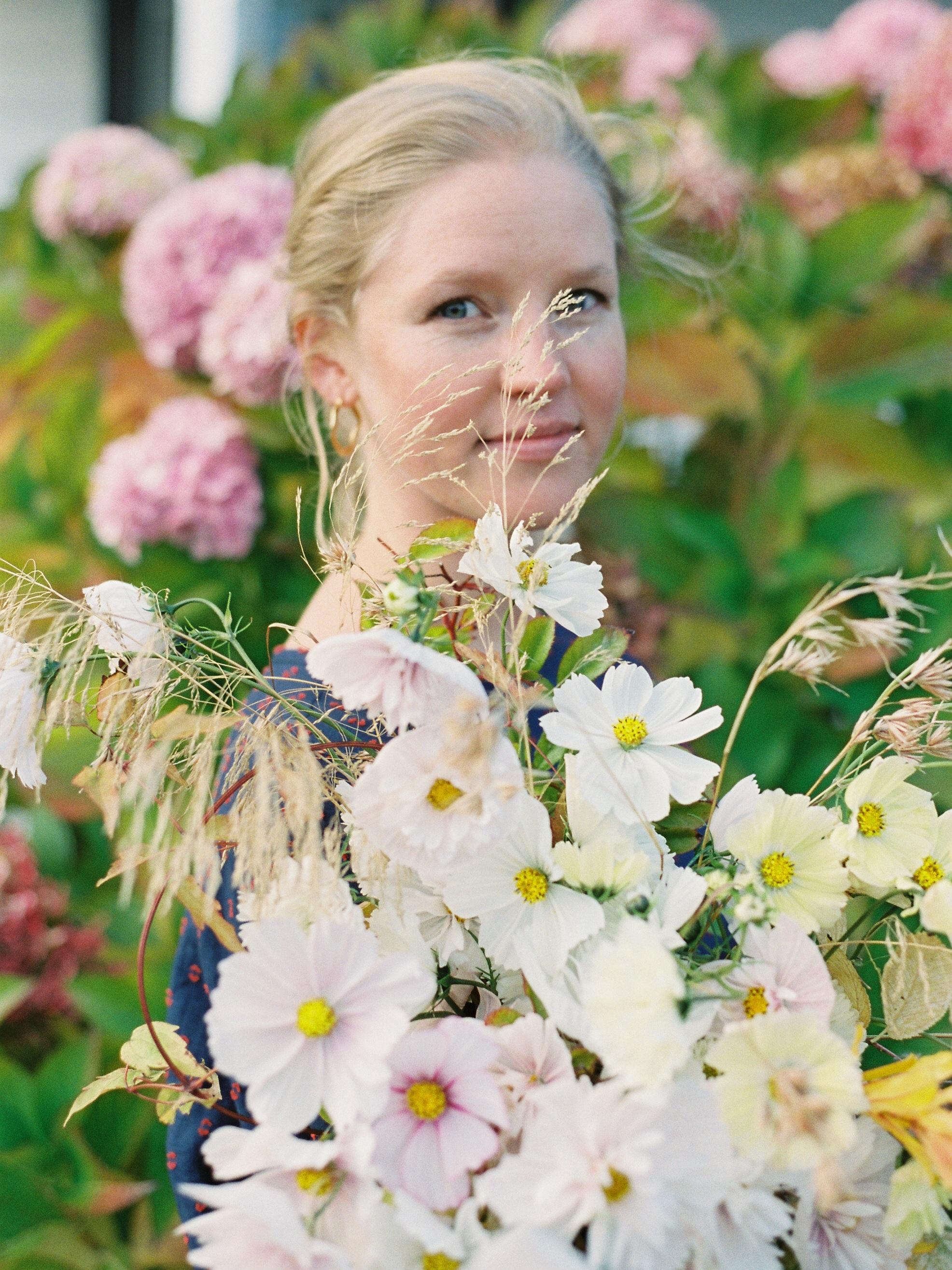Alice Beasley flowers Hobart bridal bouquet