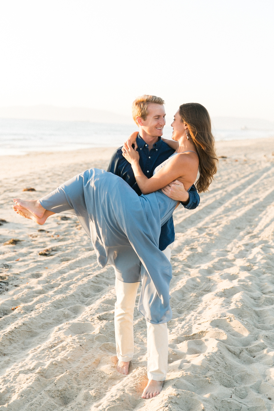 hermosa-beach-engagement-session-natural-light-photography-taylor-kinzie-photography_0481.jpg