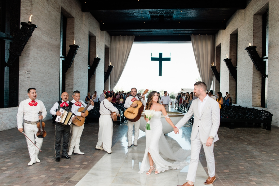 mariachi band at wedding