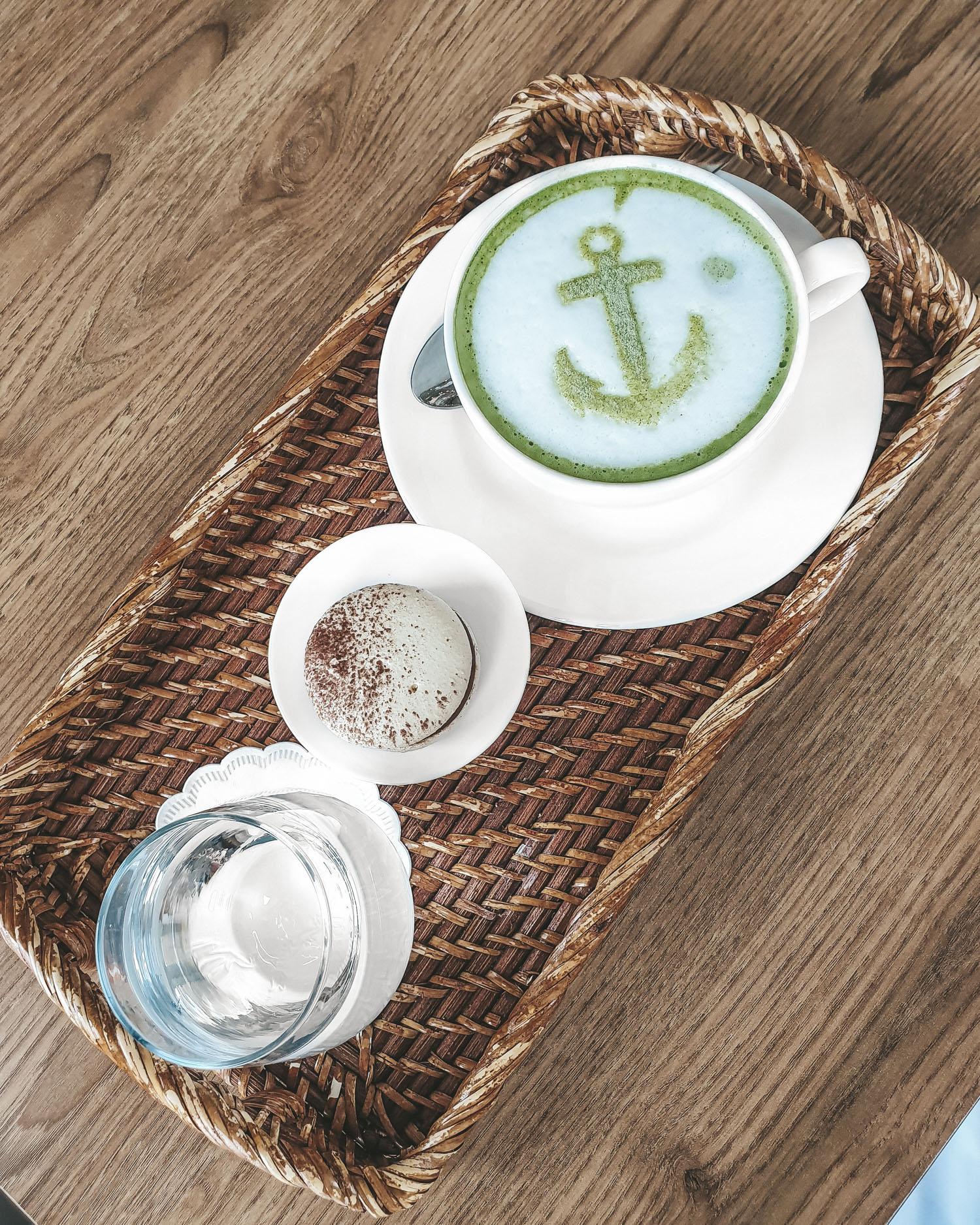matcha latte from Hmpton's Cafe Dubai