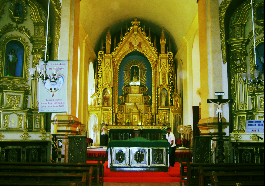 Inside the Mae de Deus Church in Saligao. This would have been Souza's first brush with Christianity. He was baptised in this church. The richness of its interiors no doubt would inspire his Passion art.
