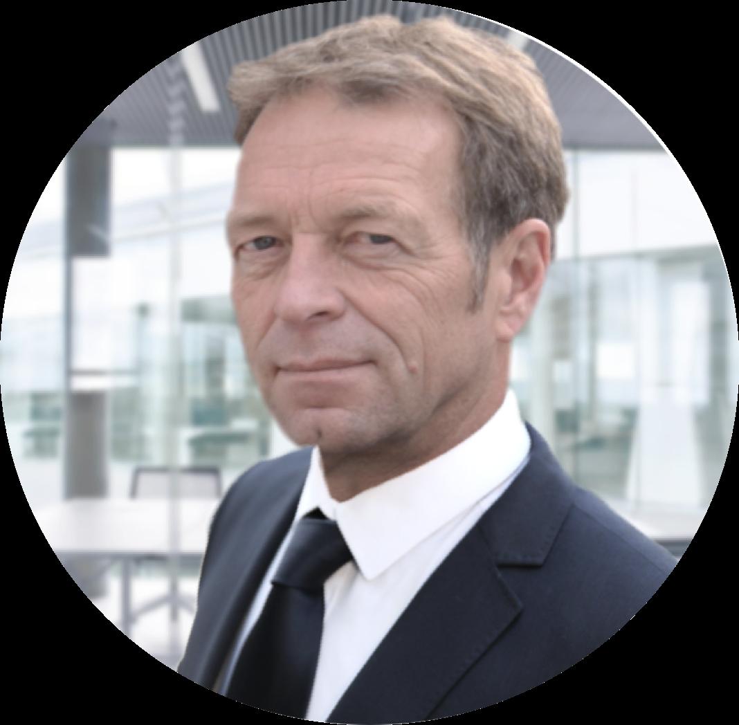 Gerhard Friedel, Finanzierungsexperte