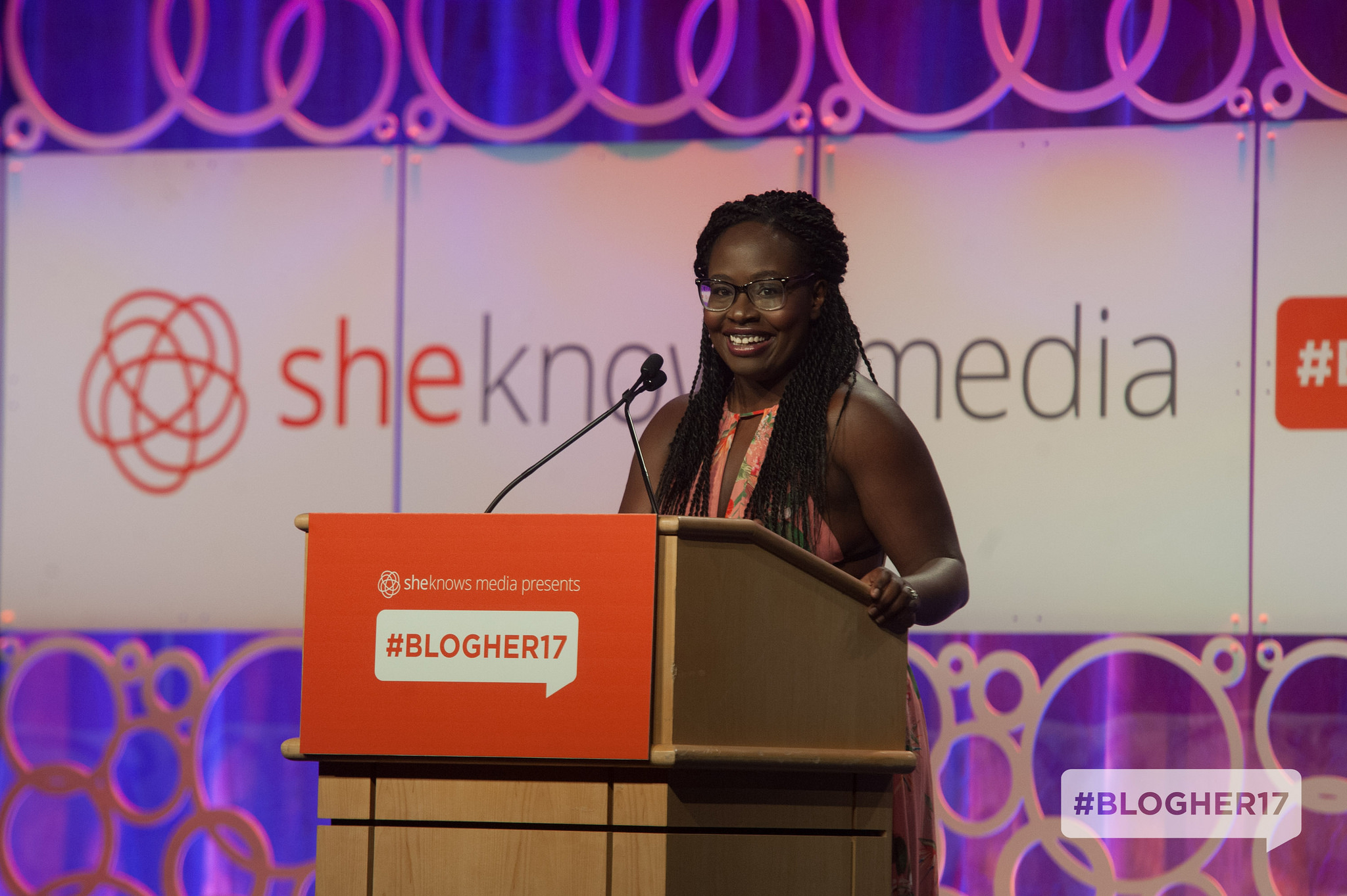 Anthonia Akitunde speaking at the #BlogHer17 conference. Photo credit: SheKnows Media.