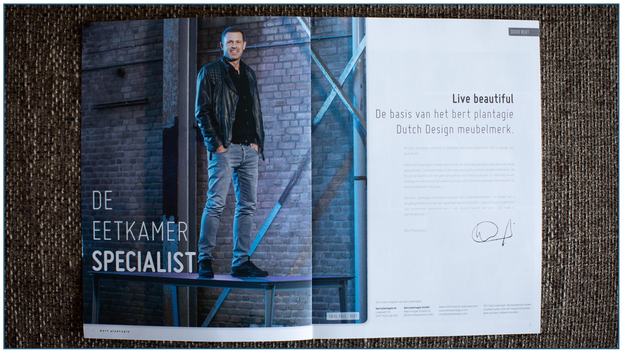 En zo kwam het portret van anderhalf jaar geleden in zijn brochure terecht.