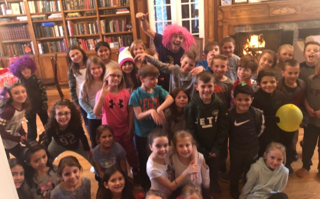 Thank you so much for making Sydney's 9th birthday a huge success! You were so much fun and the kids enjoyed being part of the show. - - Virginia Tolkin, King's Park, NY