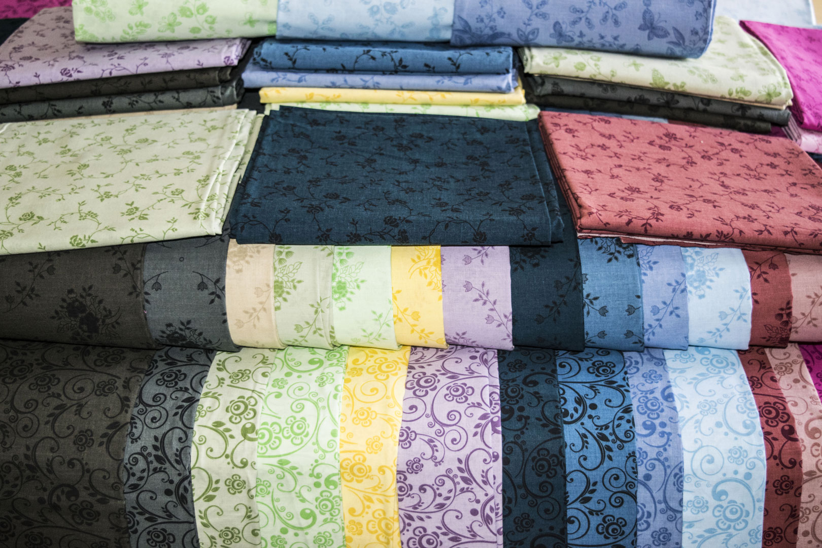 """SPW #192   Printed in the U.S.A   108"""" 68x68, 100% Cotton, Soft Finish  This tonal collection prints (4 patterns) in (15 color ways).   View Blenders"""
