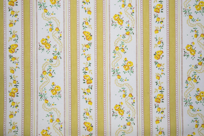 "85_7355Dolphin_yellow   42.5"" 104/76, 100% Cotton"