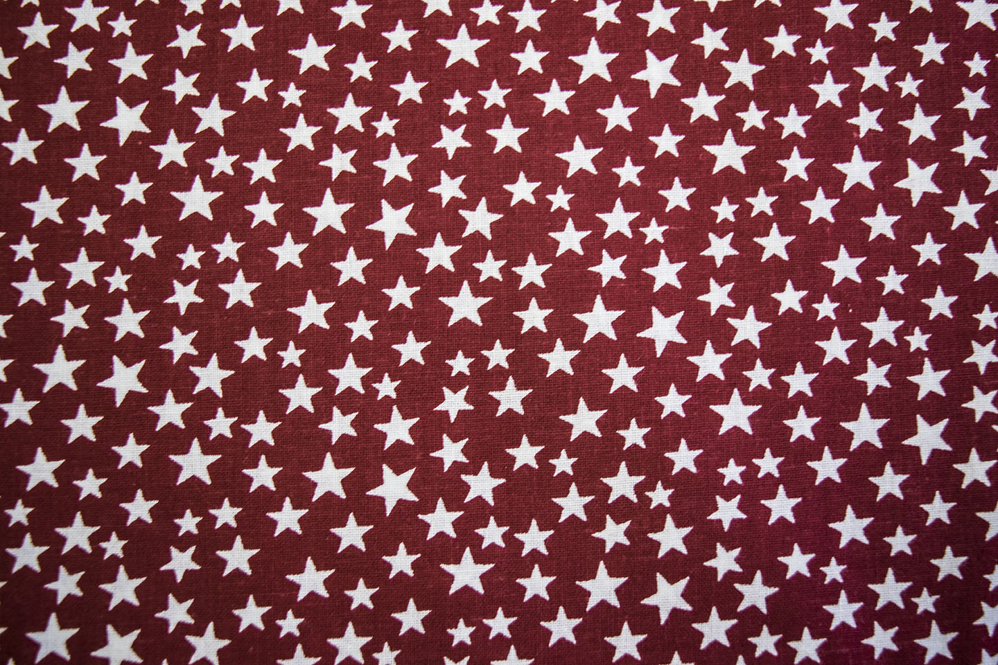 "108"" Only: 222_49524_redWhite"