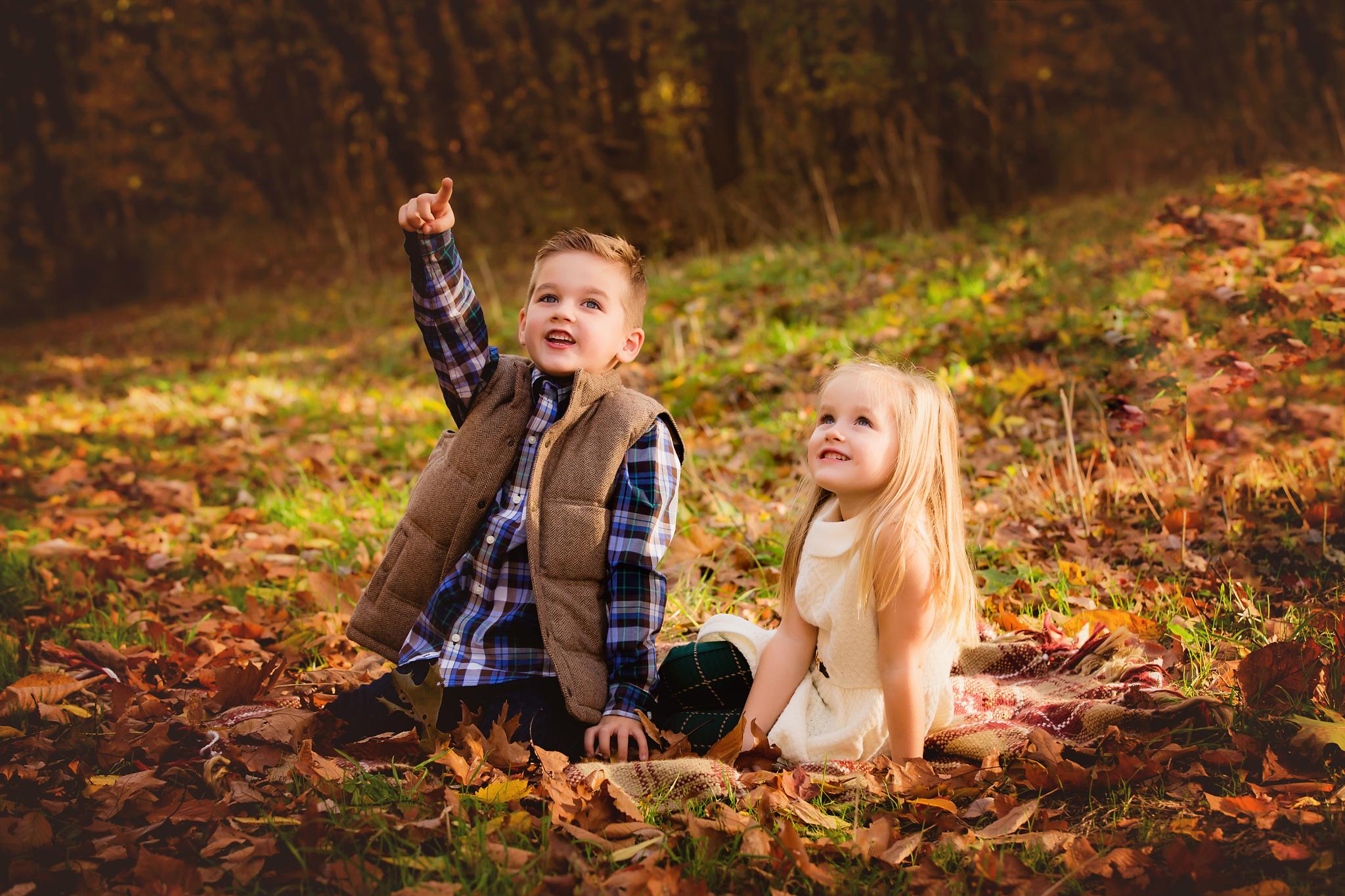 Fall Outdoor Family Photos Akron