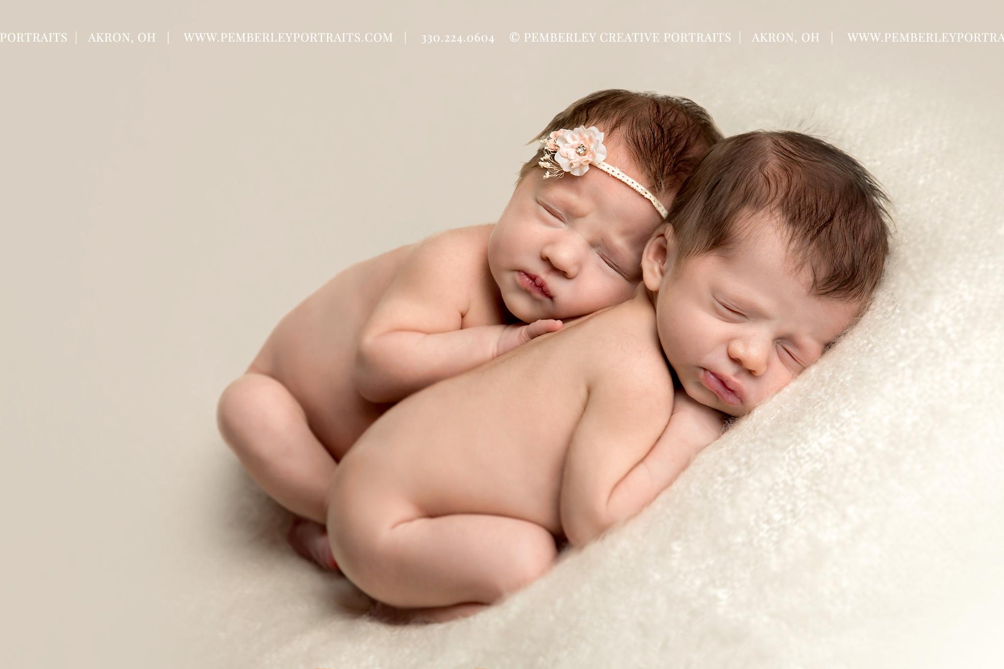 twin-newborn-photography.jpg