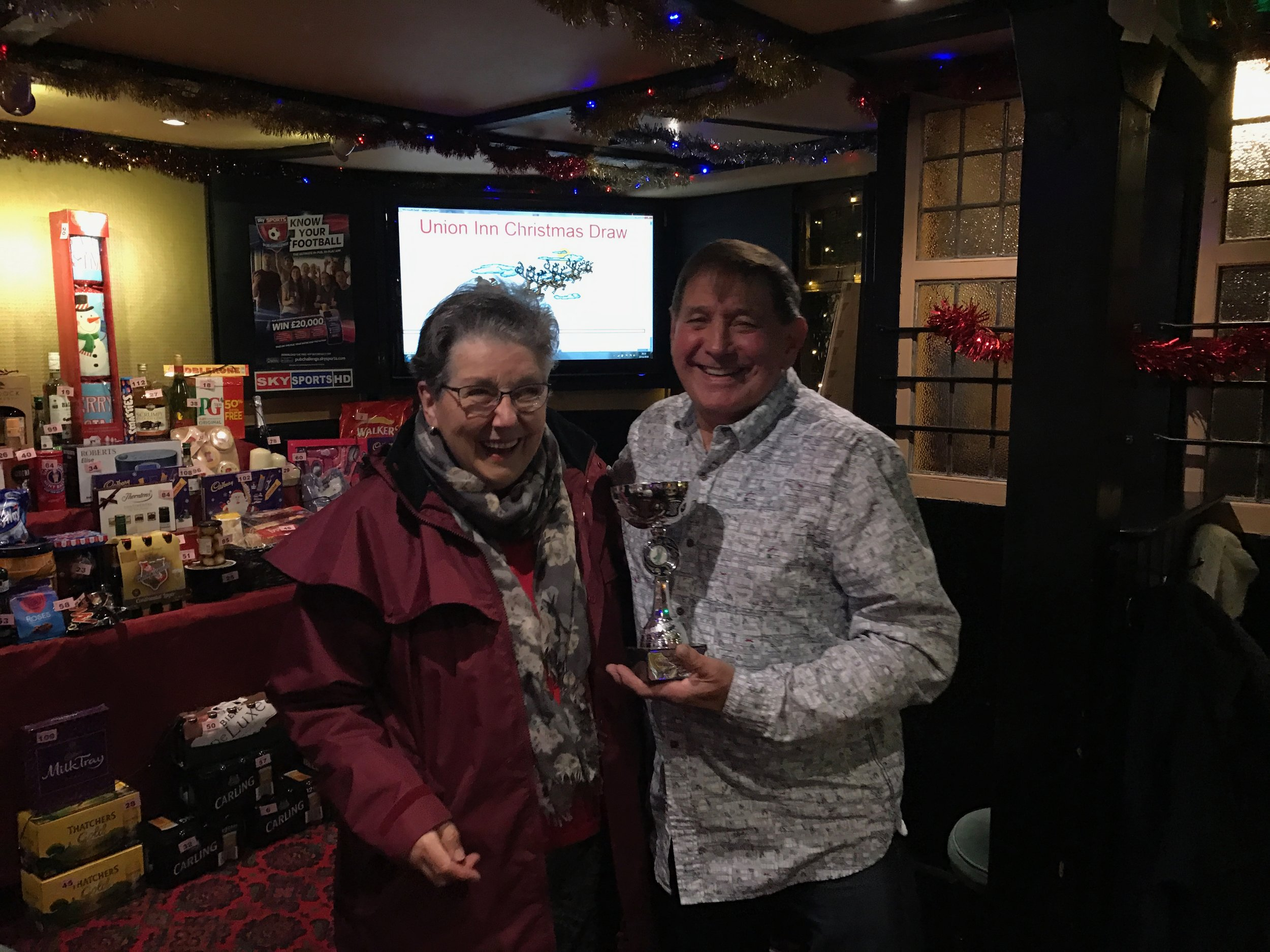 """Mrs Gloria Moore presented the 2016 winner, Lloyd Brimblecombe, with the Colin Moore memorial """"Runner Up"""" trophy"""