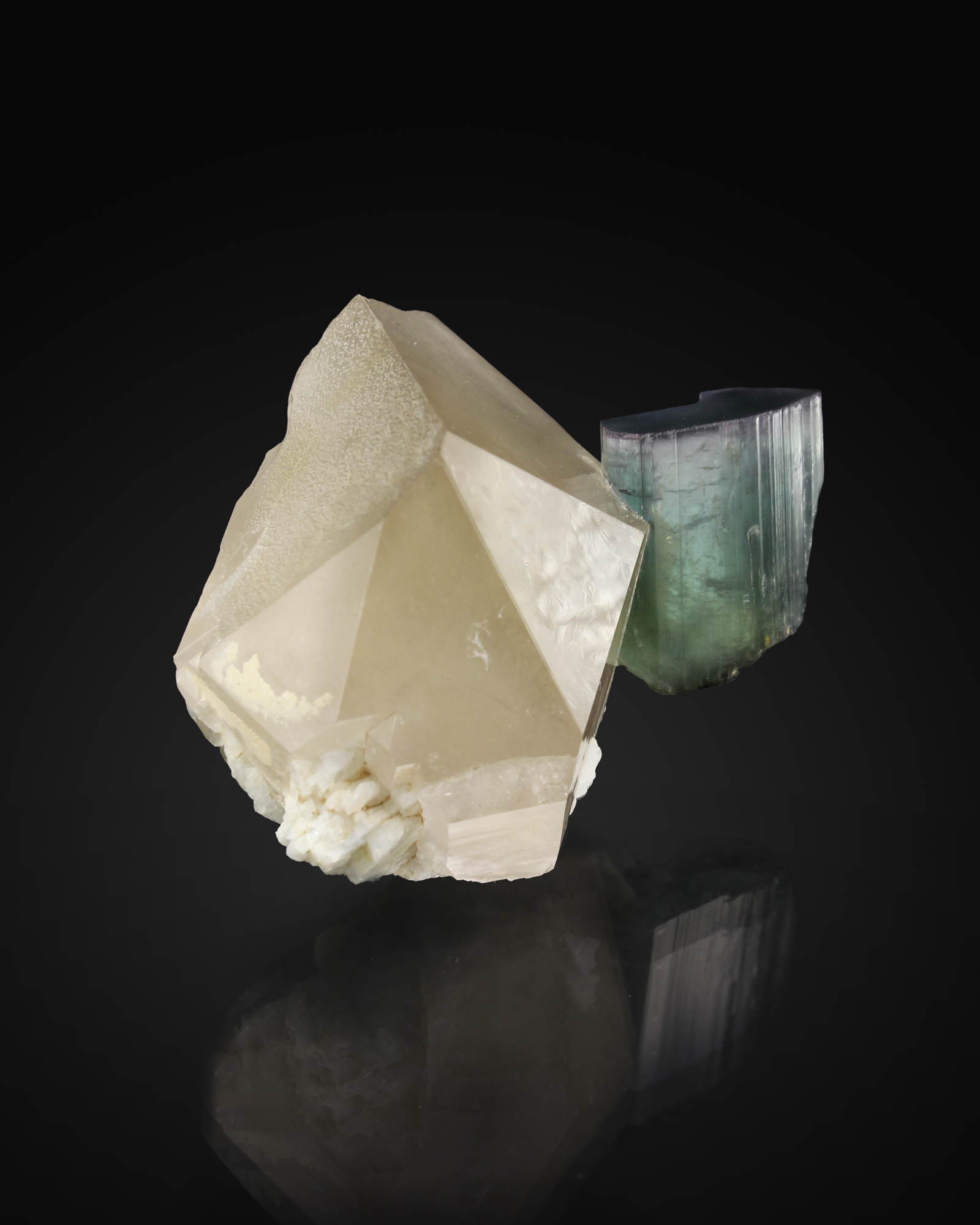 TOURMALINE ON QUARTZ -Cryo-Genie Mine, Warner Springs, California  -Dexter Morrison specimen