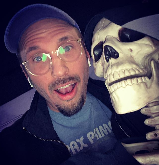 Happy Halloween everybody. Have a spooky night ( ^ω^ ) @eightballcafeeverett  #latergram #happyhalloween