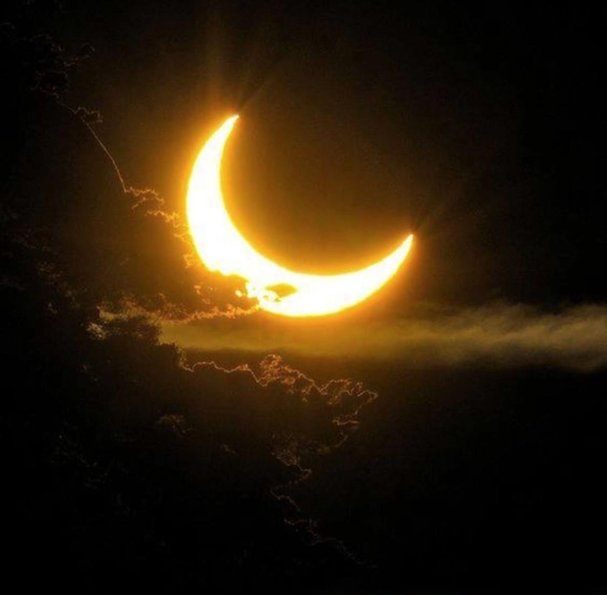 Image via @SolarEclipse_2017