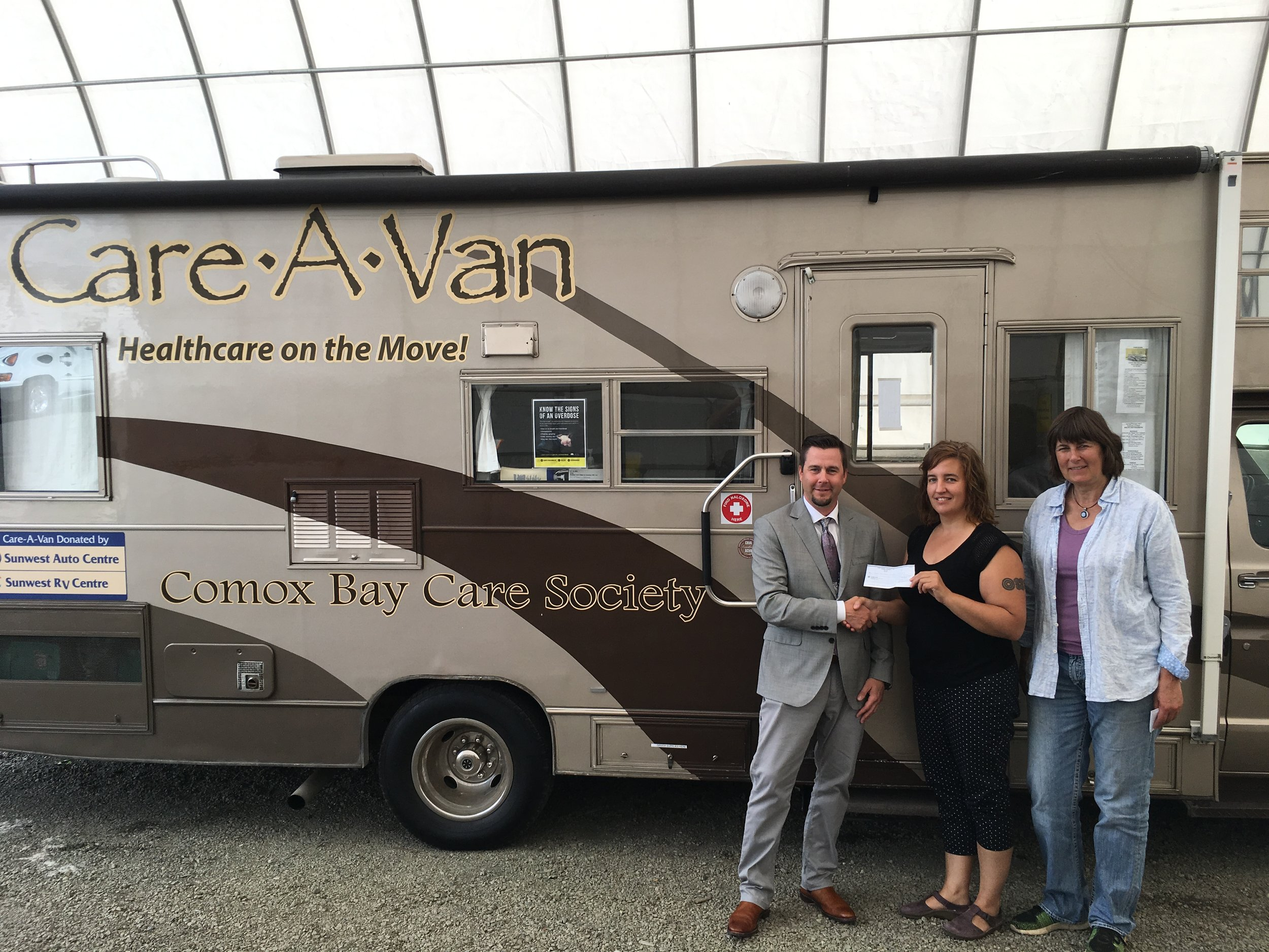 Comox Rotary Donates $10,000 to Comox Valley Care-A-Van