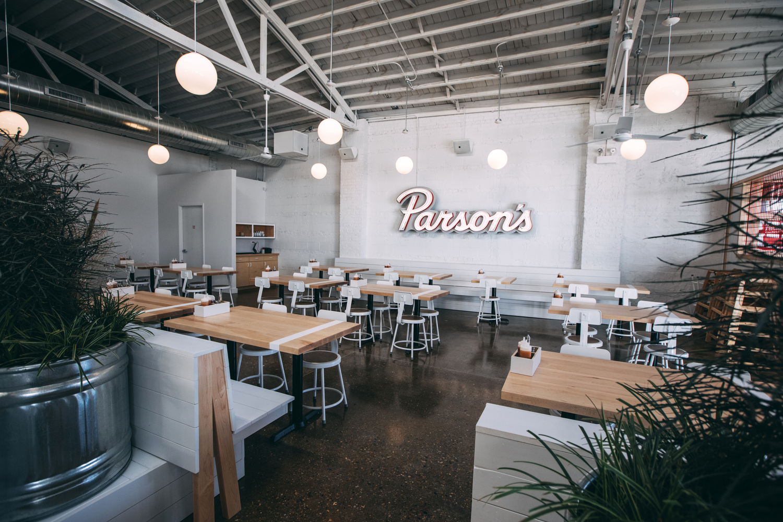 0132—Parson's Chicken & Fish Lincoln Park