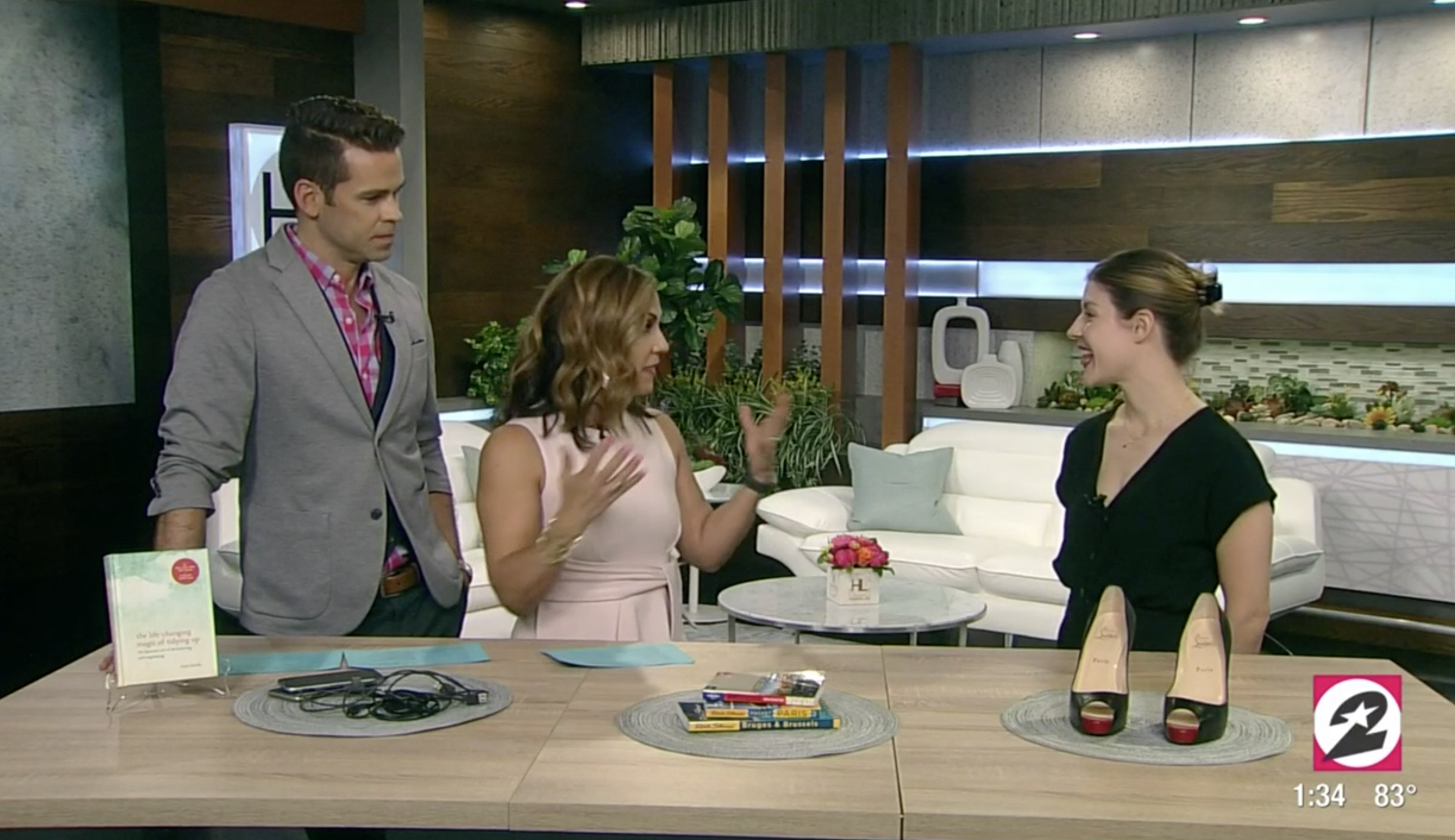 Ashley shares tips on how to let go of the items that no longer spark joy. Click to watch the full segment.