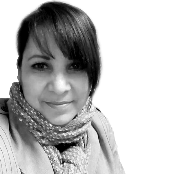 Teresa Avila   Ejecutiva de atención a clientes  Administradora del centro de contacto a clientes.