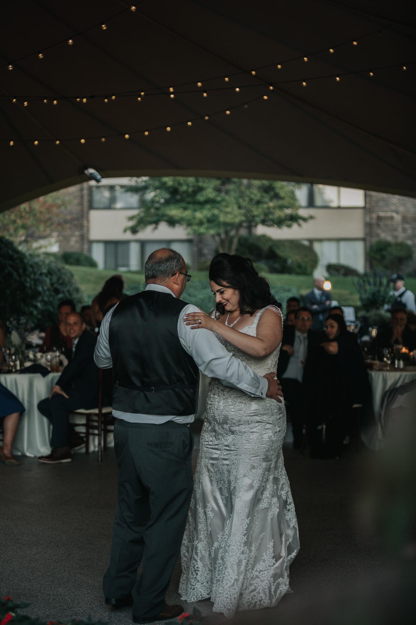 grand-rapids-photographer-traverse-city-wedding-organic-moody-eclectic-kiwi