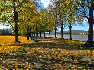 300px-Harris_Riverfront_in_the_Fall.jpg