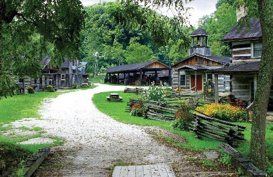 heritage-farm-museum.jpg