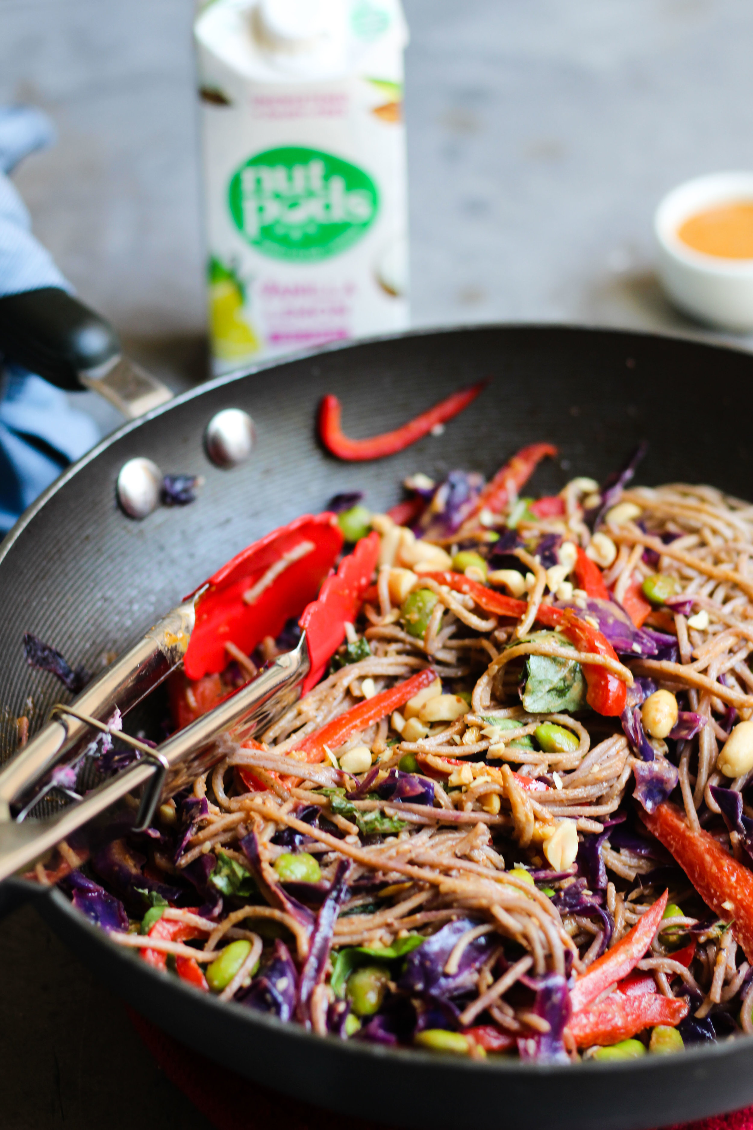 Lindseyeatsla_Soba_Noodle_Salad_Vegan-11.jpg