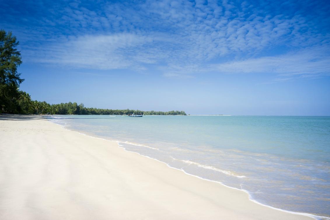 beach_The Sarojinsmall.jpg