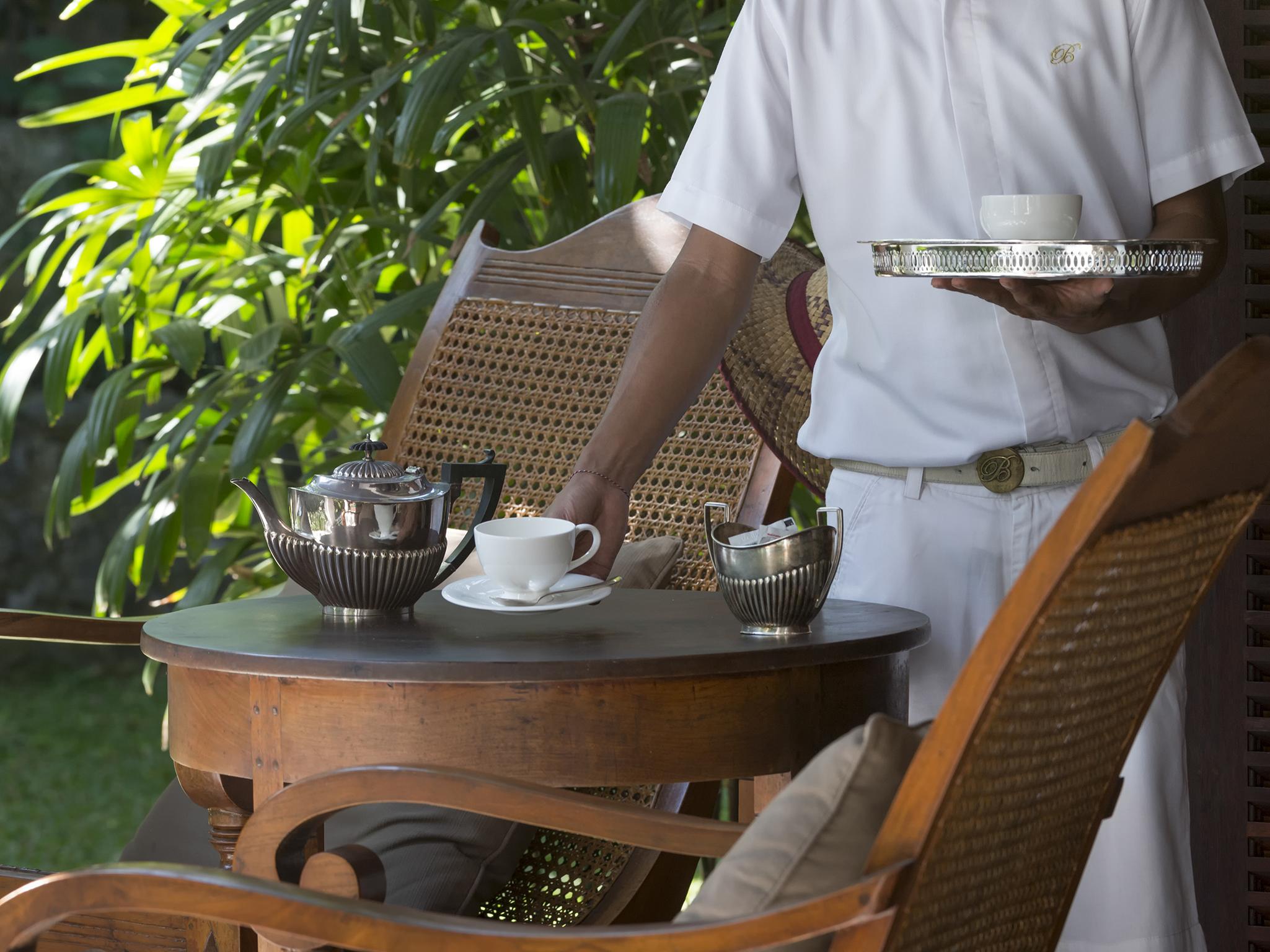 03-Villa Batavia - Tea service.jpg