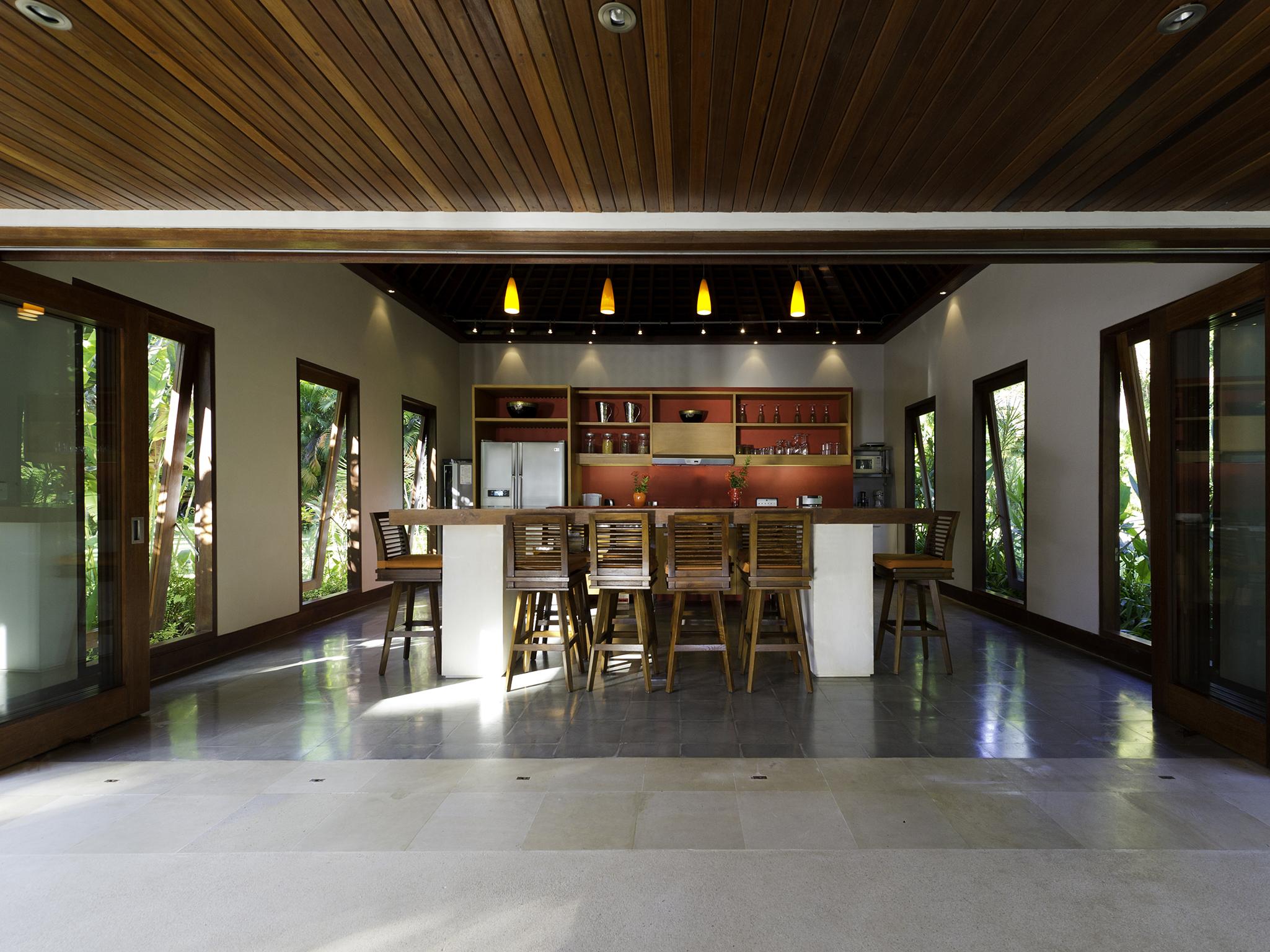 08-The Anandita - Kitchen seating.jpg