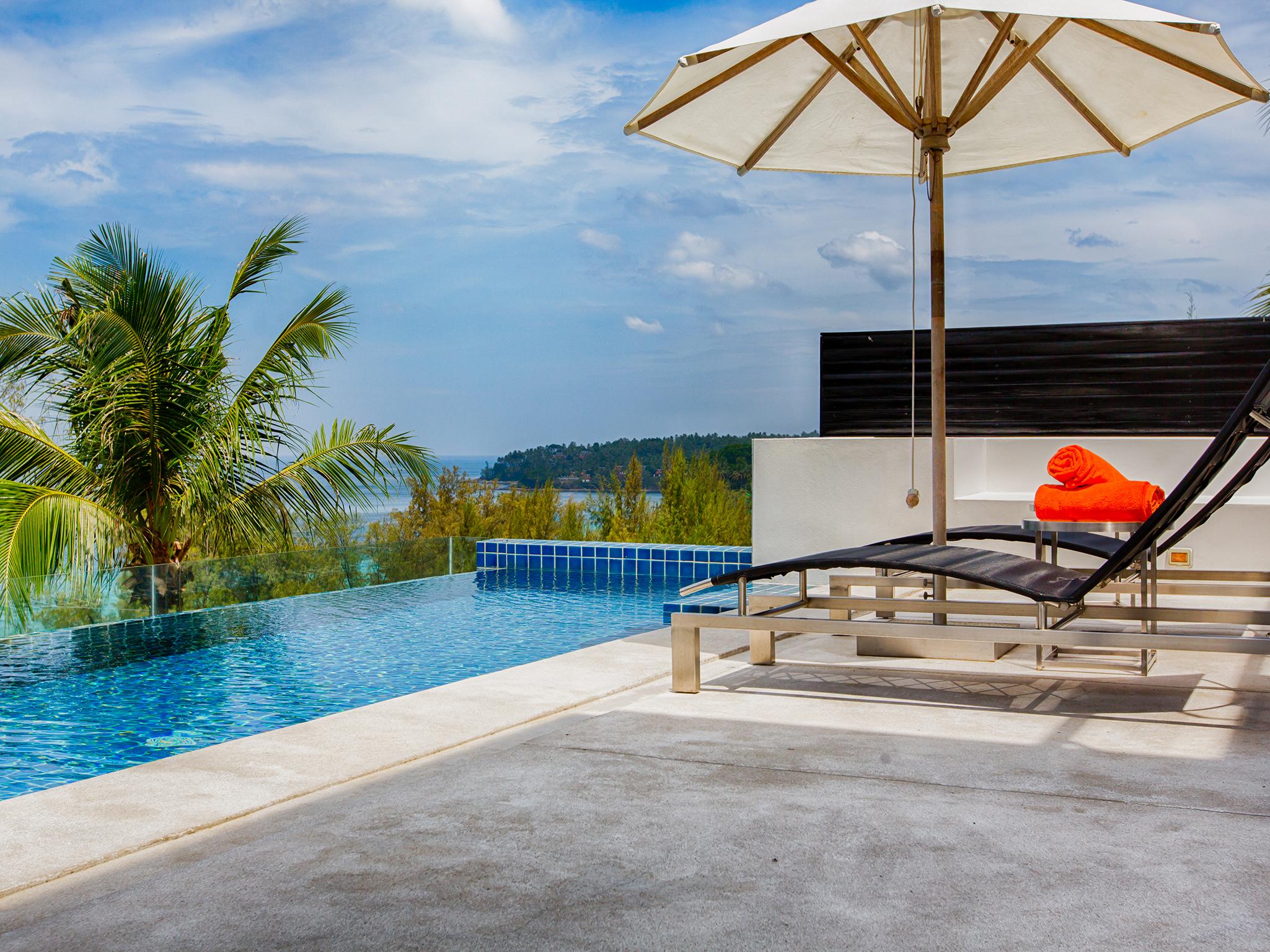 15-Villa Napalai Surin - Pool area.jpg