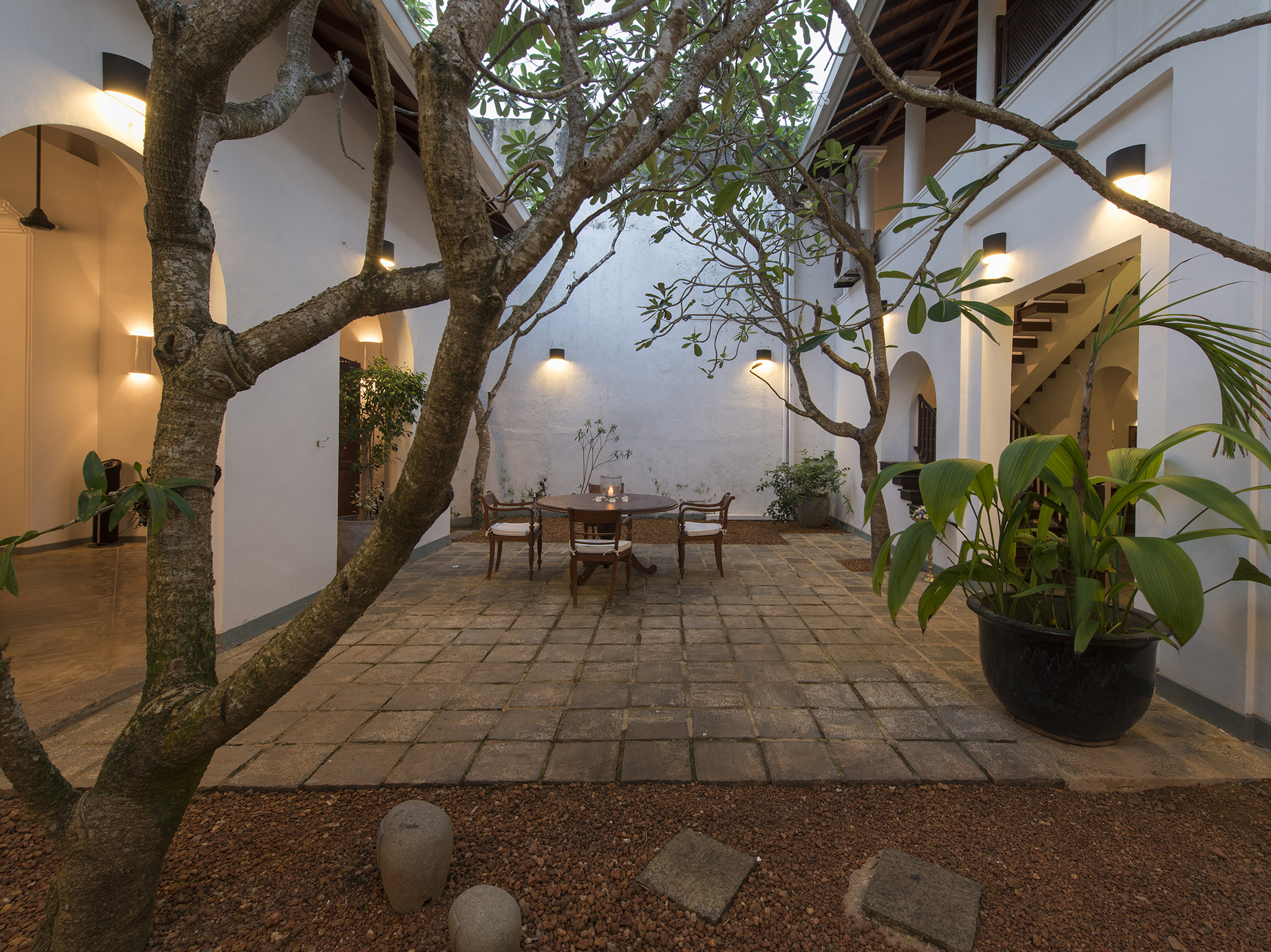 04-Ambassadors House-Galle - Courtyard at dusk.jpg
