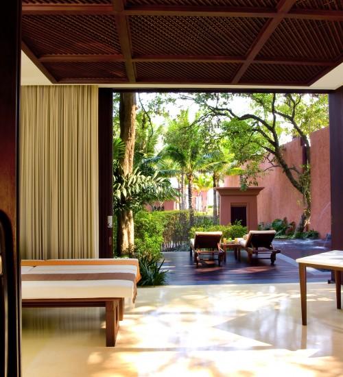 016-The-Barai-Suite-Treatment-Area-500x550.jpg