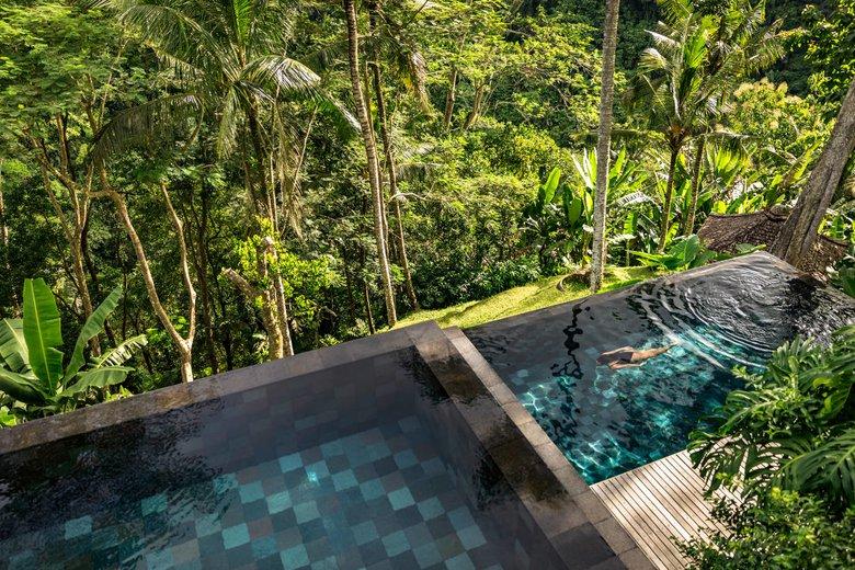 COMO-Shambhala-Estate_View-on-the-residence-and-COMO-Suite-pools.jpg