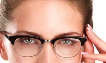 embedded_Defined_Eyebrows_For_Eyeglasses_Wearer.jpg