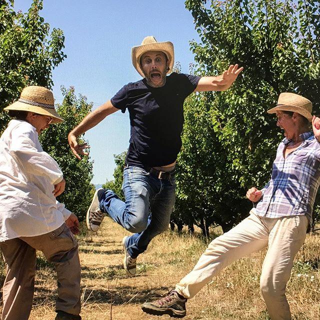 Farmers vs Photographer